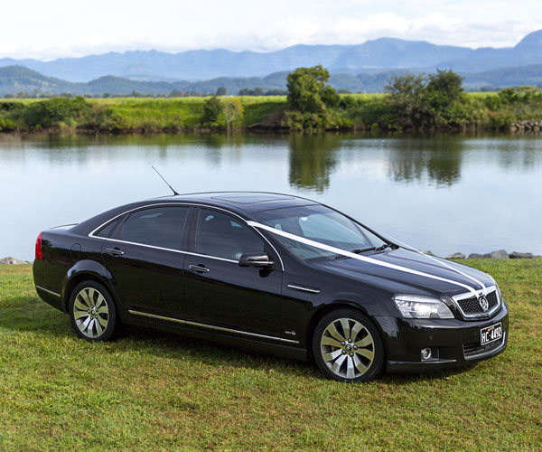 byron bay luxury wedding cars