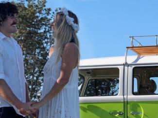 byron-bay-kombi-wedding-car